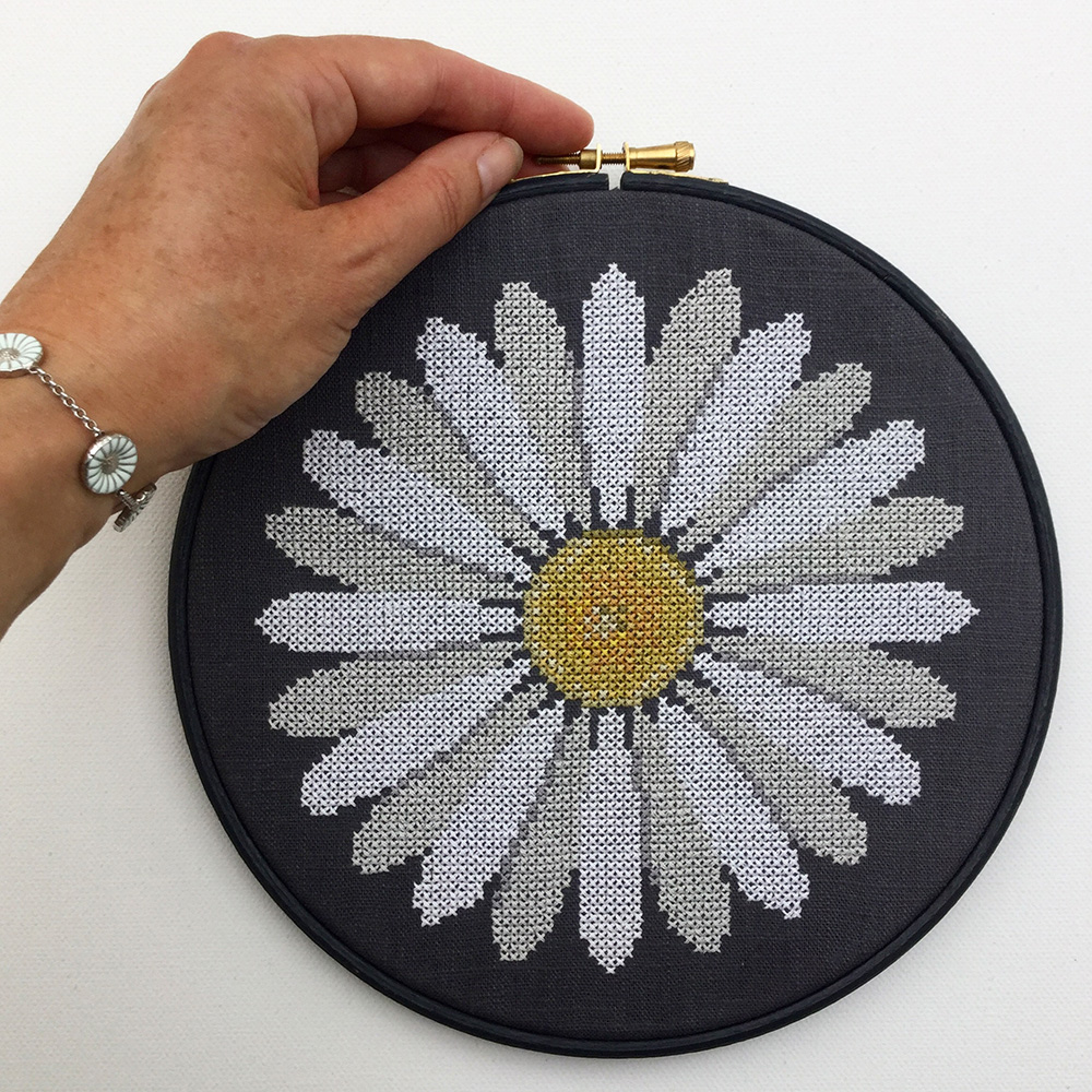 New!!! Counted Cross Stitch Flowers